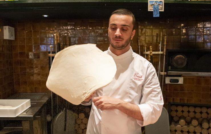 Giuseppe Cutrato, chef pizzaïolo Big Mamma, champion du monde de la pizza napolitaine contemporaine