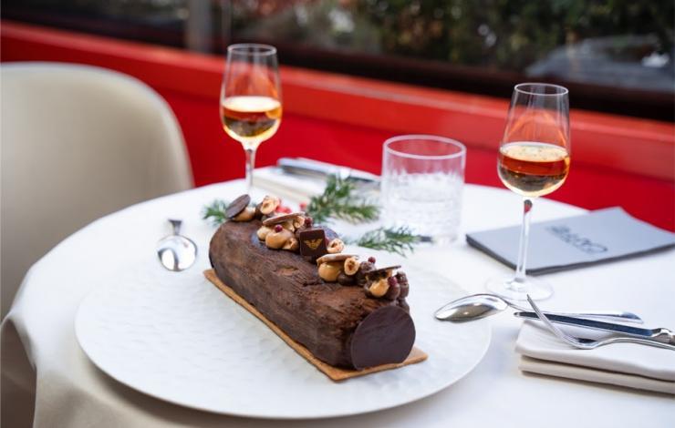 La bûche de Noël de l'Armani Café rend hommage à la nature