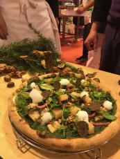 Pizza des Champions de France Pizza a Due : PASSEGGIATA (Promenade)