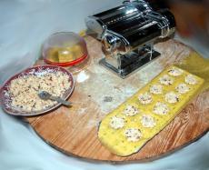 "Ravioli ""Italia"" avec mozzarella di Bufala, basilic et tomates séchées"