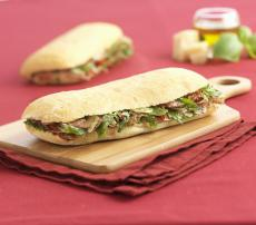 Sandwich Ciabatta et Jambon de Parme et Pesto