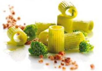 Mezzi rigatoni aux brocolis et saucisses