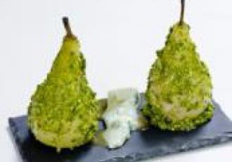 Poires pochées sauce caramel au gorgonzola
