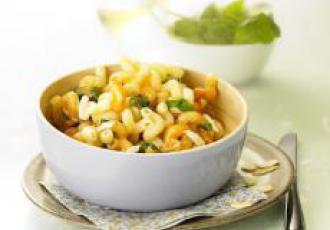 Cellentani aux amandes effilées, ricotta salata & pesto alla siciliana