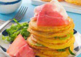 Mini pancakes de thym au jambon de Parme